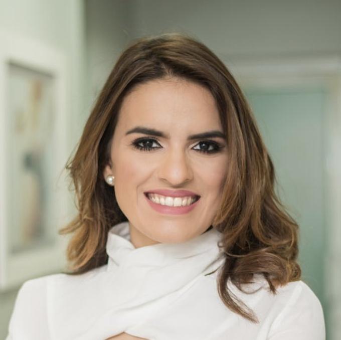 Dra. Hilda Escaño