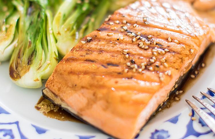 ¿Cómo incorporar grasa en tu dieta y aceites esenciales?