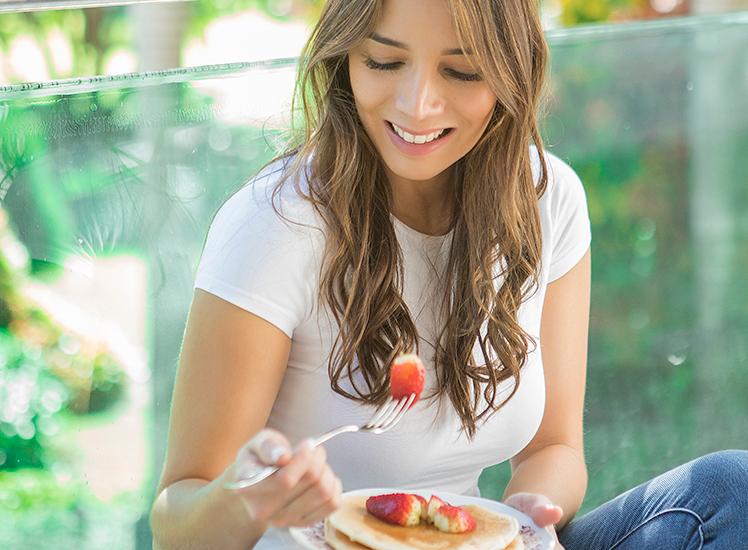 Hábitos que retroceden el progreso de tu plan nutricional